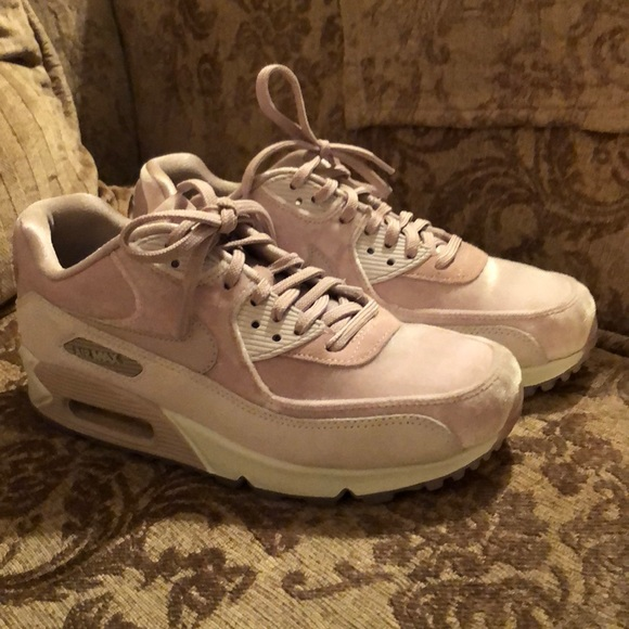 designer fashion a9d24 4de91 Women's Nike Air Max 90 LX size 6.5 Particle Rose